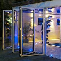 Instalação de Porta de Vidro na Casa Verde